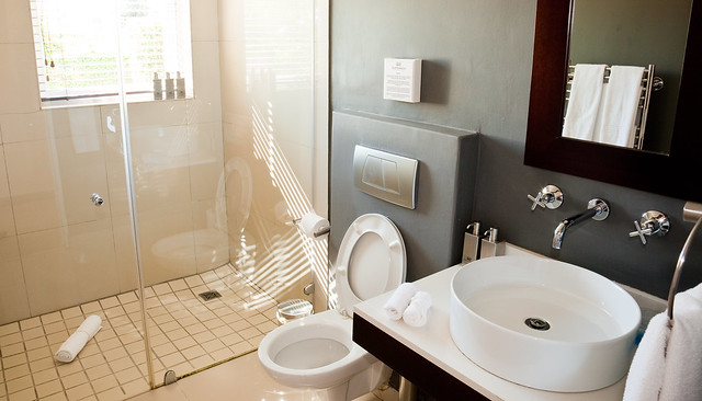 Four Rosmead - Luxury Room Bathroom