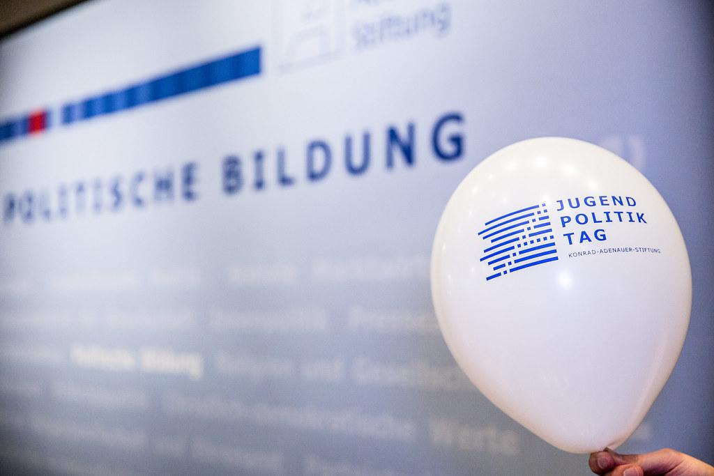 Jugendpolitiktag-Stellung beziehen - in Bonn 2017