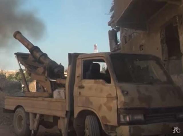 Syria-truck-cannon-faylaq-al-rahman-damascus-area-2016-tfb-2