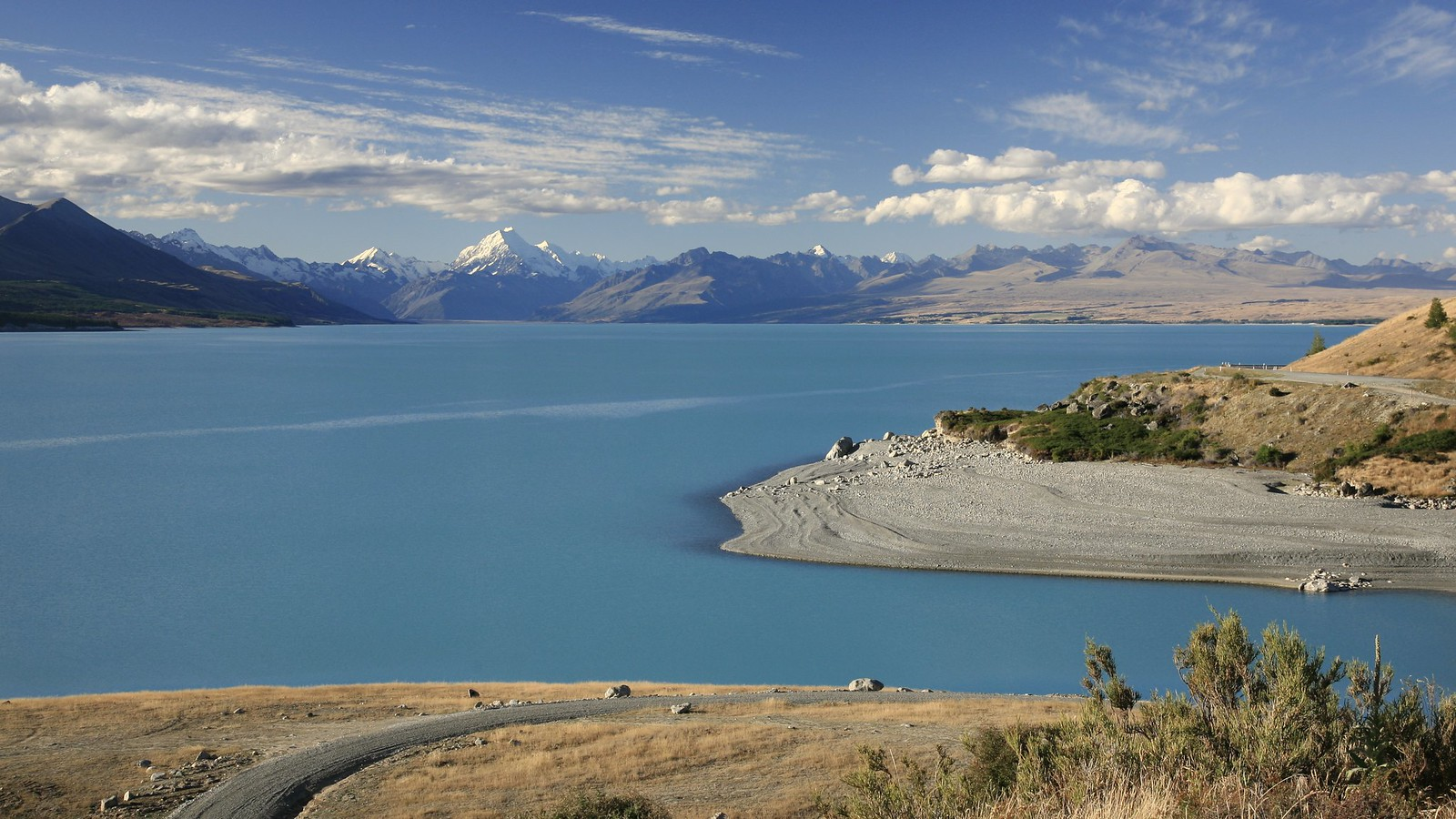 Lake Pukaki, Mount Cook