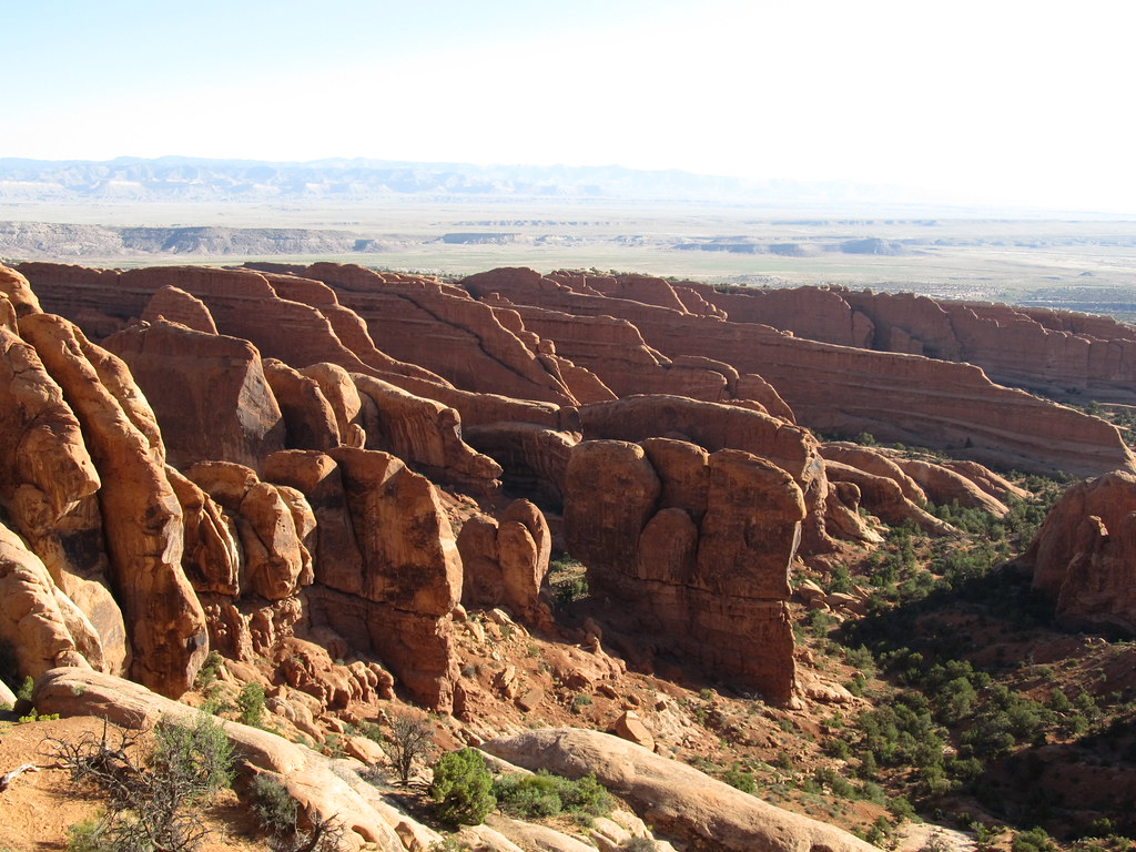 Devils Garden Trail Between Landscape Arch and Double O Ar… | Flickr