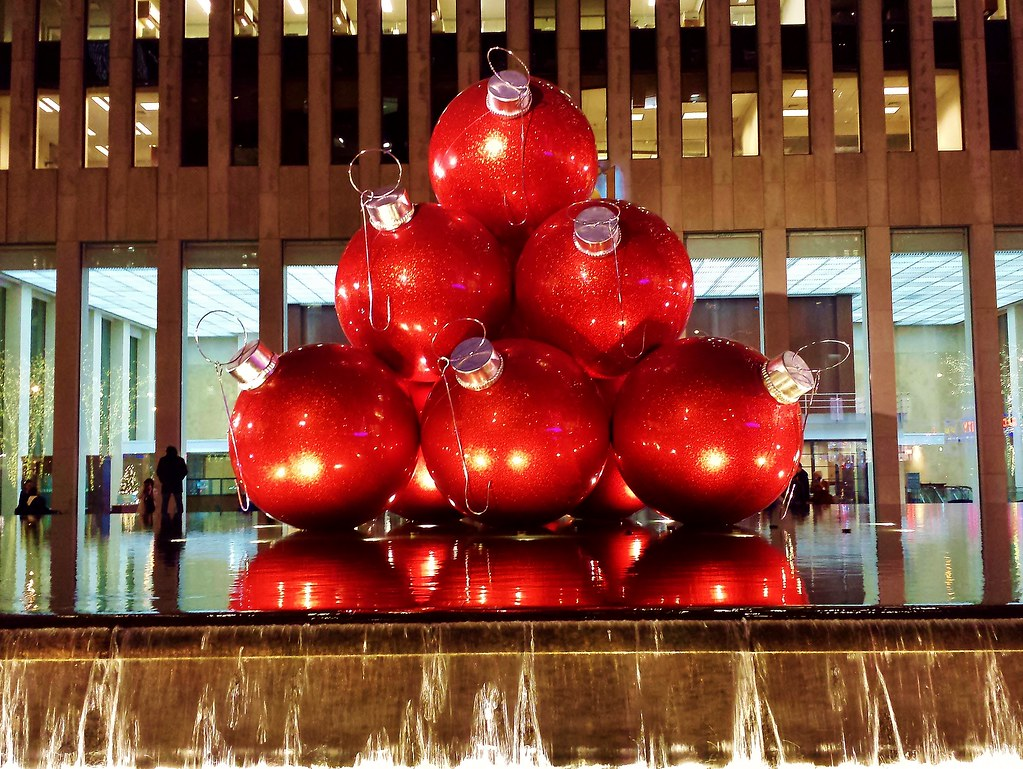 giant christmas balls by gigi_nyc giant christmas balls by gigi_nyc - Giant Christmas Balls