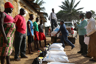 WFP and the World Bank deliver food | by World Bank Photo Collection