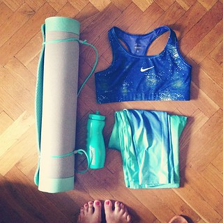 New awesome yoga gear :) love the turquoise color  #nike #reebok #yoga #gear #fitness #sport #clothes #turquoise #whatisinmybag | by inles