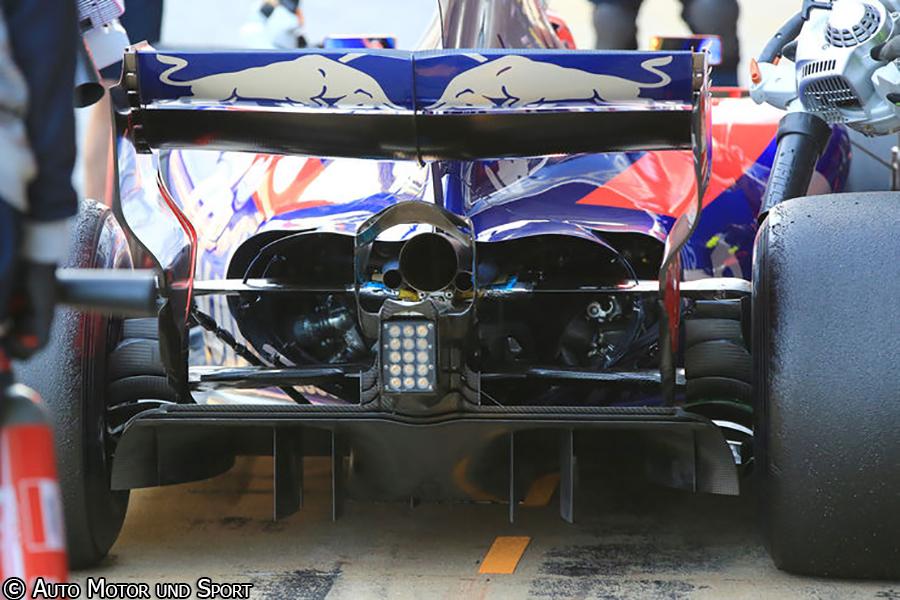 str12-rear