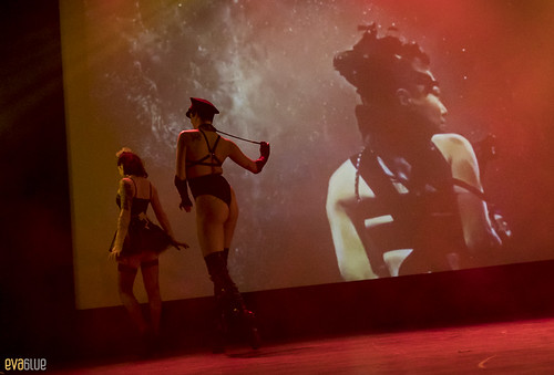LAURA DESIREE monde ose burlesque ball 21 | by Eva Blue