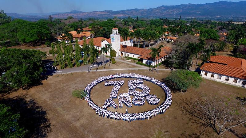 Foto del 75 Aniversario