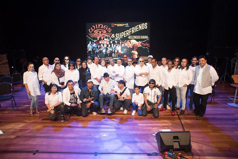 KONSERT WINGS & SUPERFRIENDS - BELENGGU IRAMA