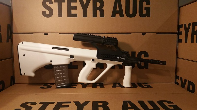 AUG White 3.0 scope