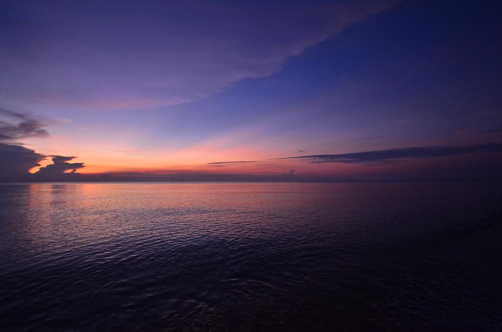 Teluk Mak Nik (Monica Bay) 直落马慑海滩