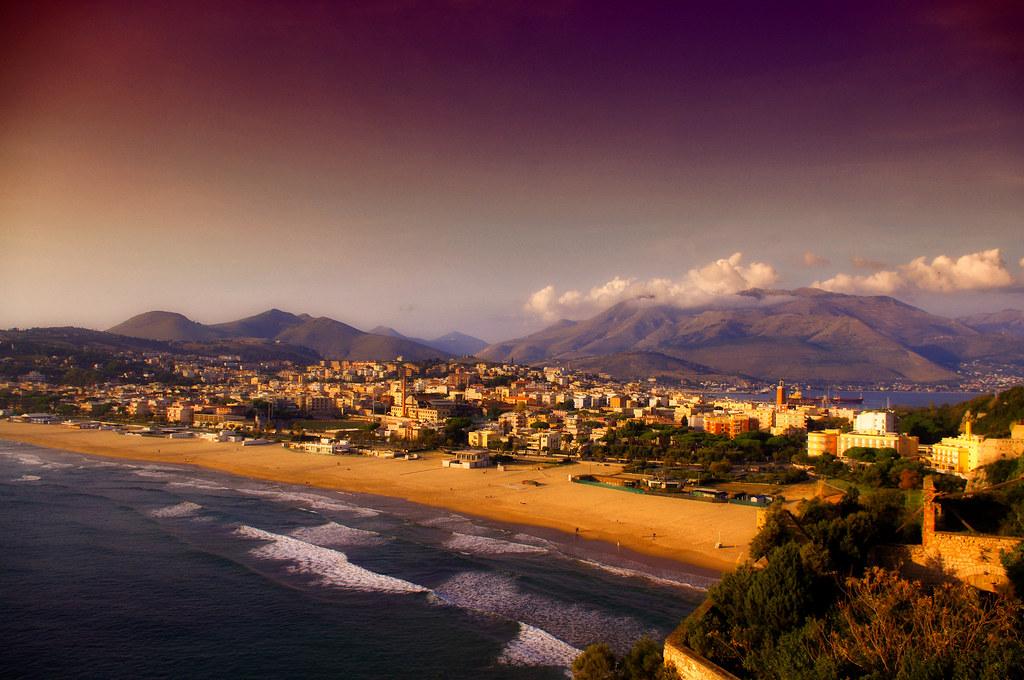 Gaeta, Italia - Explored!