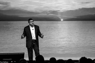 Vishal Sikka delivering the keynote at SAP TechEd | by Tom Raftery
