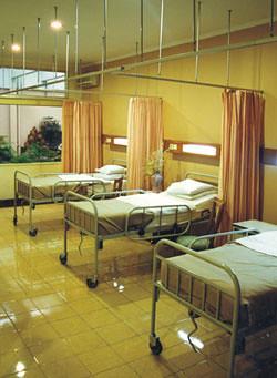 Ii A Ruang Rawat Inap Kelas 2a Rumah Sakit Santo Borromeus Flickr