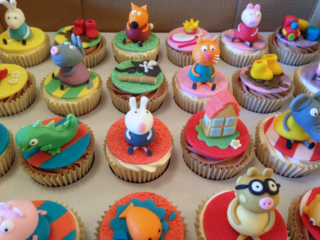 Peppa Pig Cupcakes Peppa Pig inspired cupcakes for a 3rd B Flickr