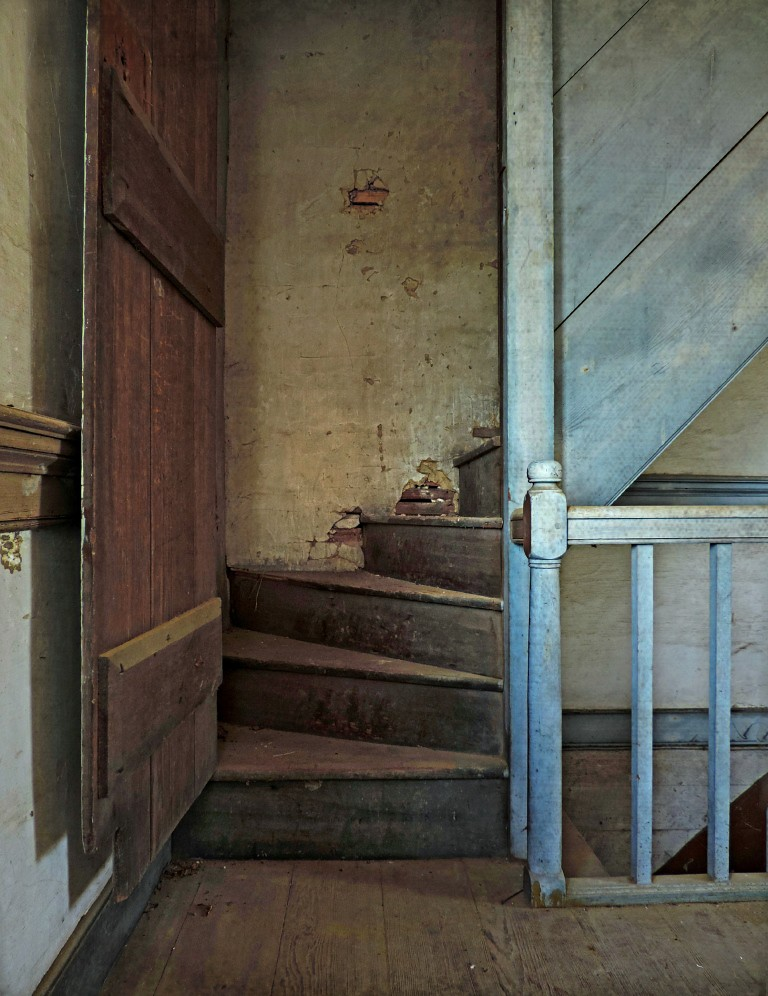 ... The Old Attic Staircase: Abandoned Federal Plantation House, Edgecombe  County, North Carolina  