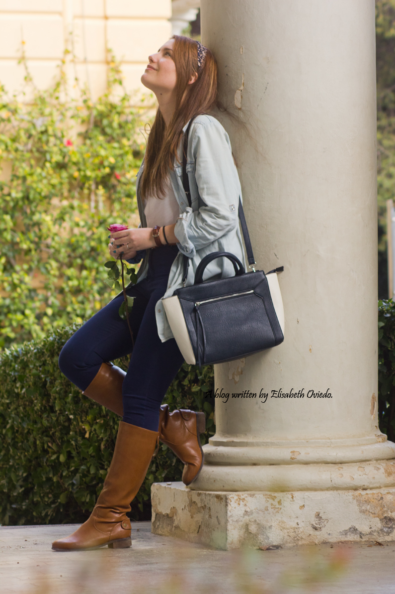jeans look primavera heelsandroses botas marrones bolso grande (1)