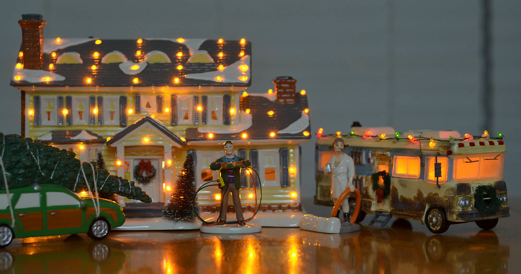 Department 56 - National Lampoon's Christmas Vacation Set | Flickr