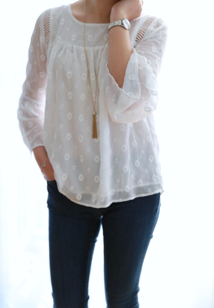 LOFT Daisy Bell Sleeve Top, size XXSP