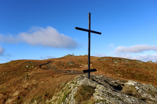 Memorial Cross, Ben Ledi | by Nick Bramhall