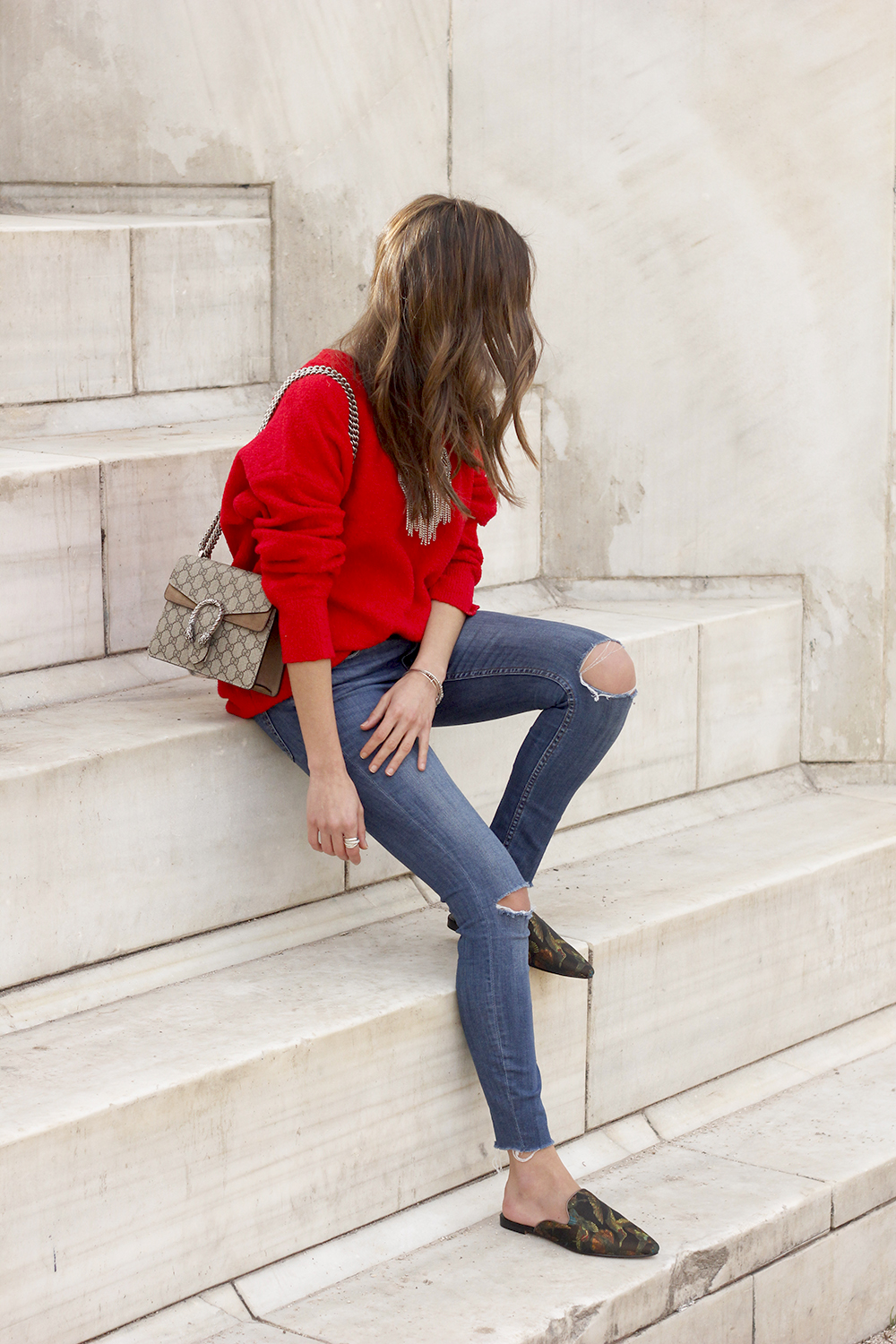 Mules Red sweater Ripped Jeans gucci bag céline sunnies fashion outfit style trend01