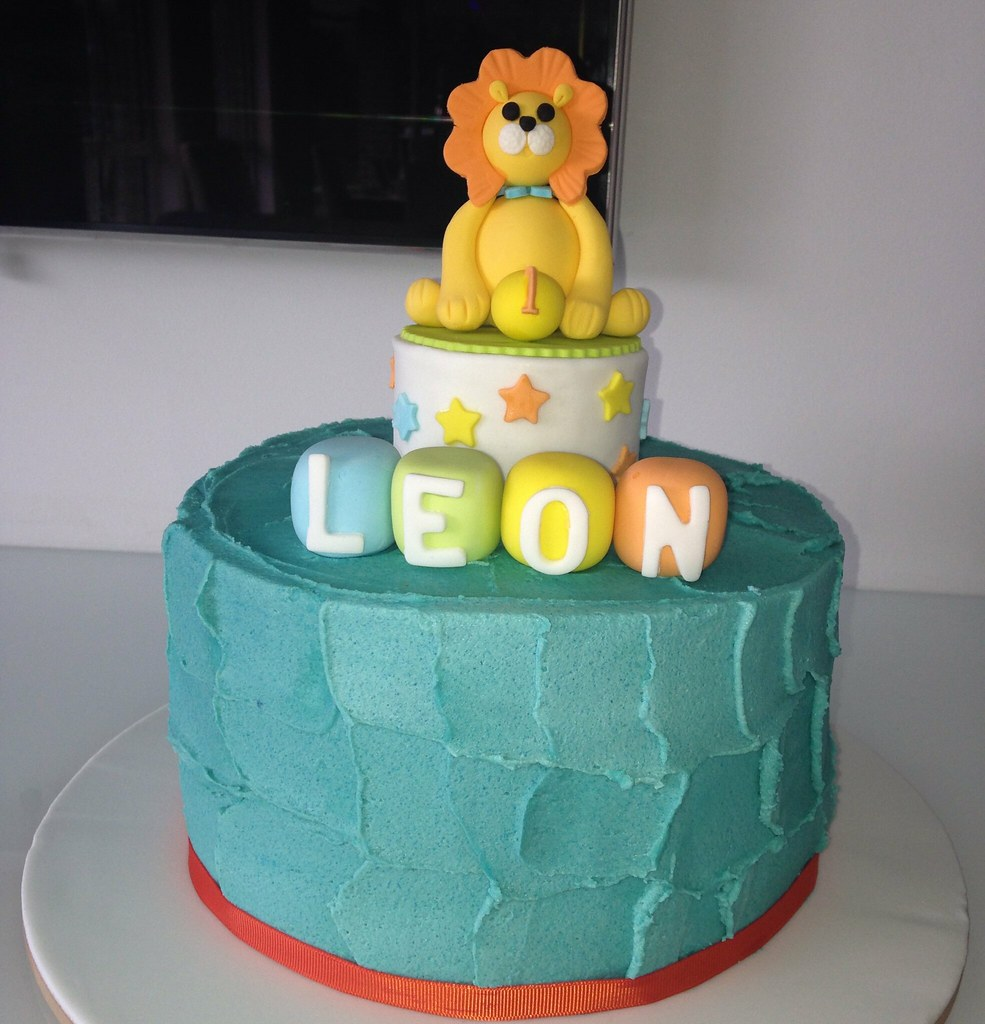 Circus Lion Themed 1st Birthday Cake wishbbig Tracey Flickr