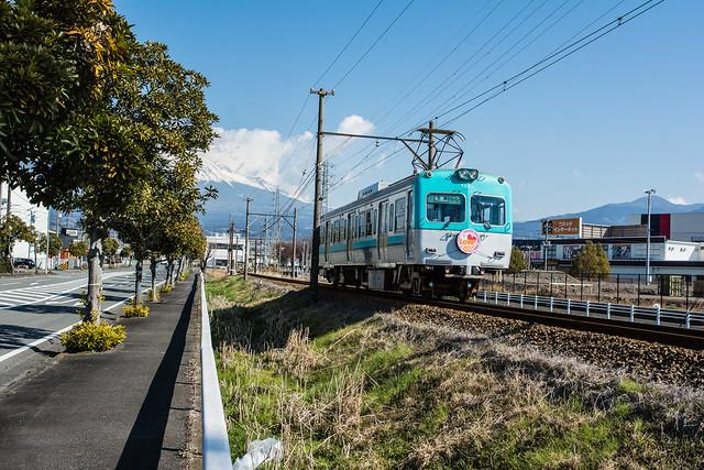 富士山と岳南電車