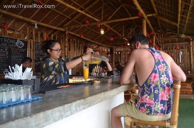 Mad Monkey Hostel Boracay