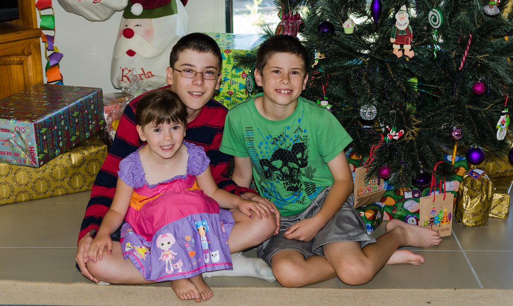 The kids Christmas morning 2013 | Karla, Josh and Brad | Simon Yeo ...