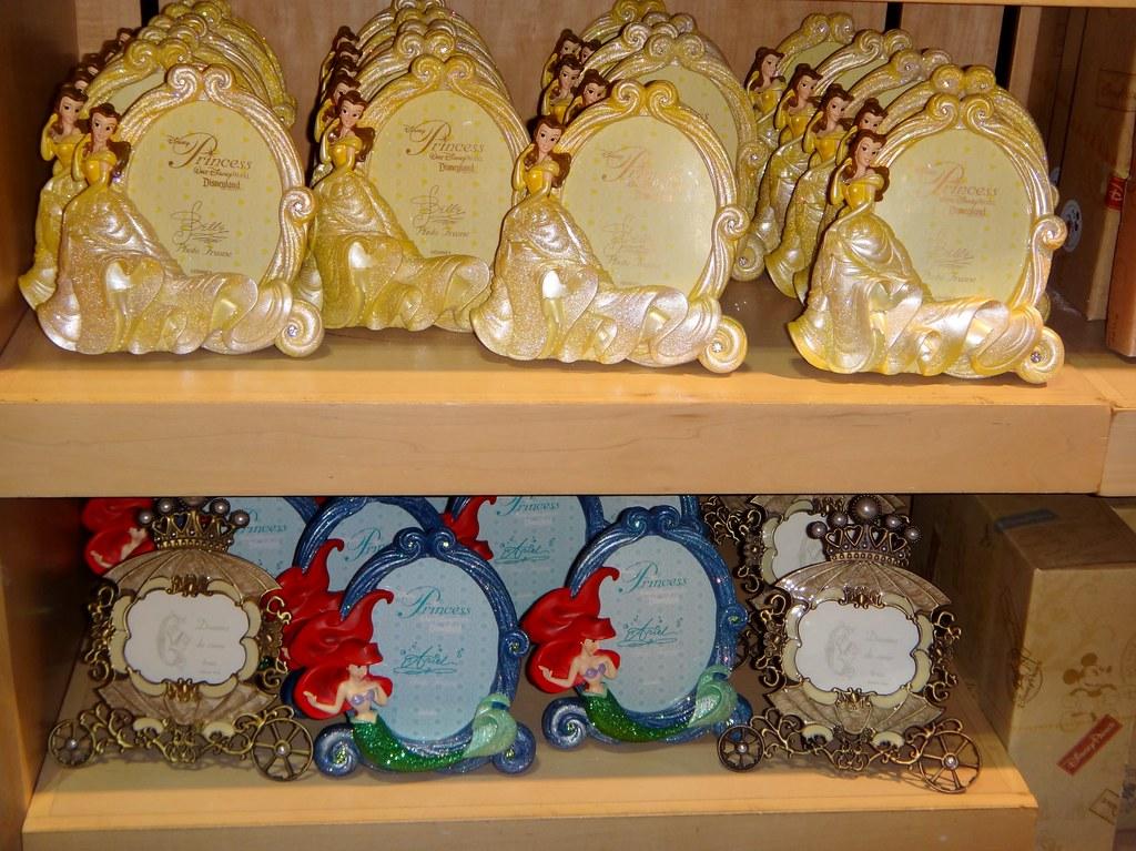 Disneyland Visit - 2014-02-02 - World of Disney Store - Pr… | Flickr