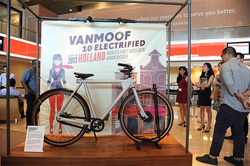 07-2013-Electric Vanmoof | by sivasothi