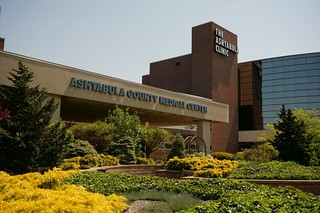 Ashtabula Medical Center - Ashtabula, Ohio | by RoadTripMemories