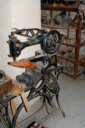 Cordonnerie machine coudre singer de cordonnier for Machine a coudre 3d