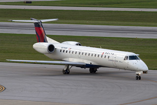 Delta Connection (Chautauqua) Embraer ERJ-145 N576RP KCMH 01AUG13 | by FelipeGR90
