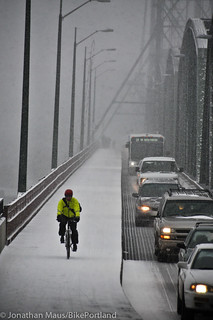 First snow day of 2014-13 | by BikePortland.org