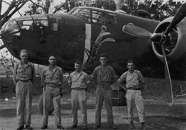 B-25 TIN LIZ and crew