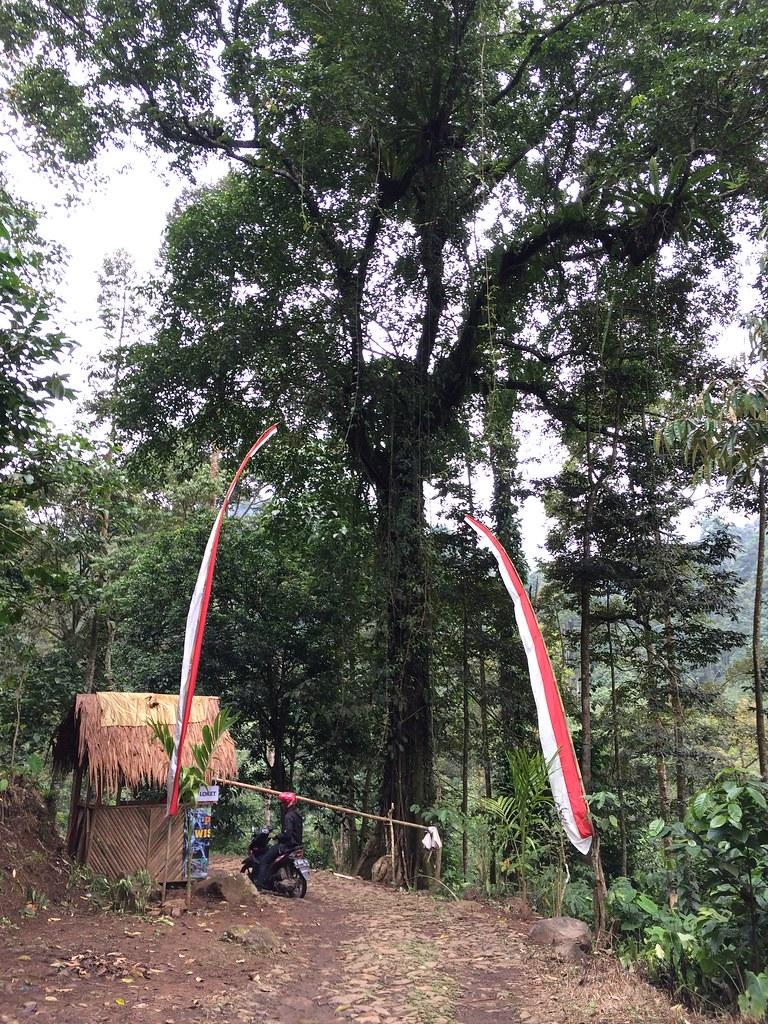 Loket wisata watu bahan pekalongan