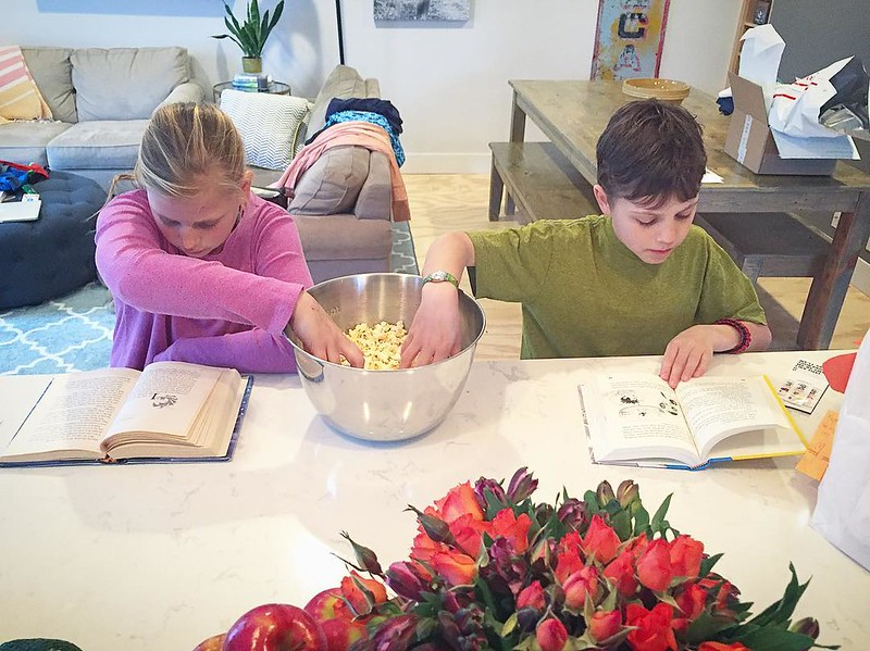 They don't even know they're getting their reading minutes in before dinner. *popcorn* (it's like parenting fairy dust, sprinkle that shit everywhere) 👏👏👏
