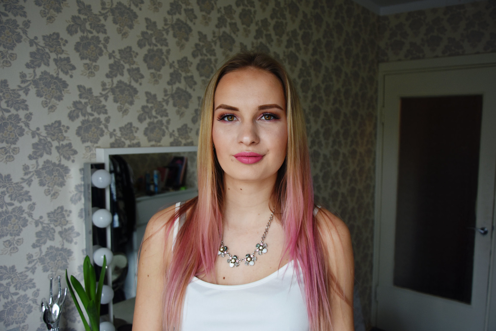 L'Oreal Colorista Washout Dirty Pink in blonde hair