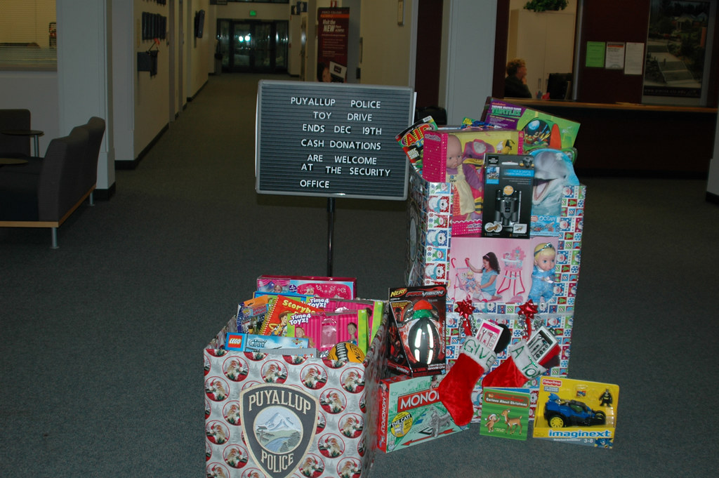 Pierce College Puyallup Toy Drive for PPD Dec. 18, 2013 ...