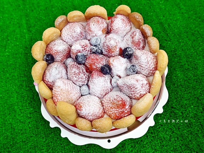 12 棒棒糖手工點心 愛妻草莓蛋糕