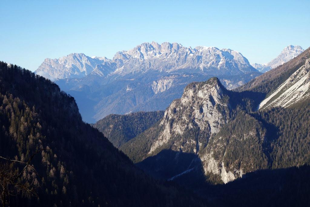 Sella Ciampigotto e Col Sarenede con un tratto di salita alla Cima Ovest di M. Brentoni