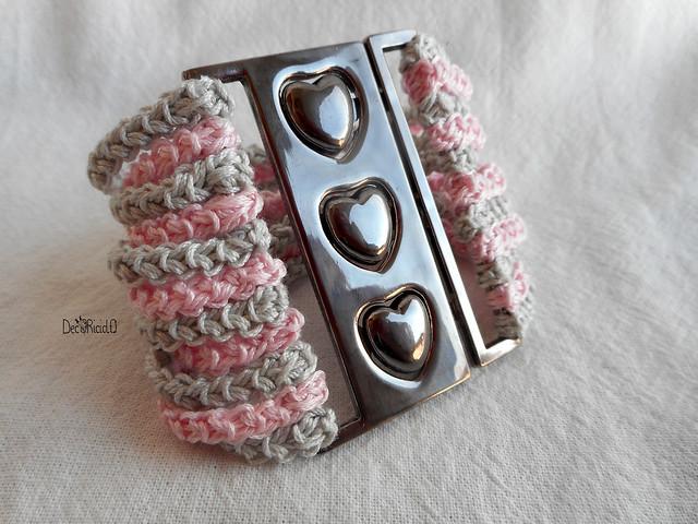 braccialetto fibbia cuori 3