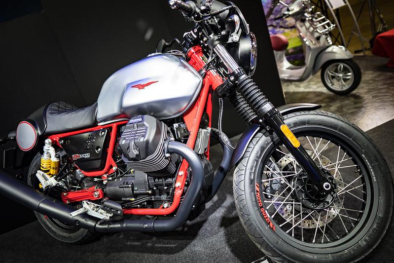 Tokyo MC Show 2017 : Moto Guzzi V7 III Racer