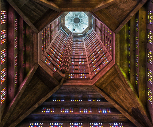 space ship interior of the saint joseph church in le havre flickr. Black Bedroom Furniture Sets. Home Design Ideas