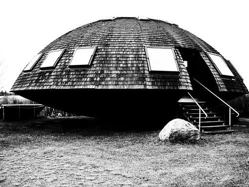 ufo in brandenburg das niedrigenergie haus in wulkow. Black Bedroom Furniture Sets. Home Design Ideas
