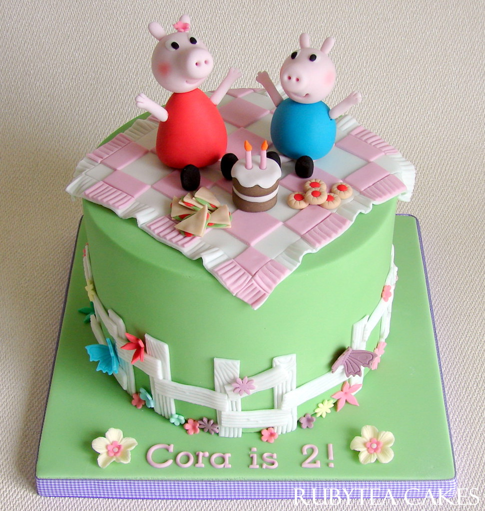 Peppa Pig And George Picnic Birthday Cake For Cora Flickr