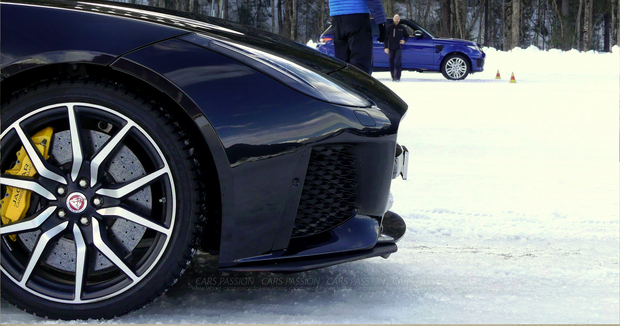 jaguar-land-rover-ice-drivng-esperience-gstaad (21)