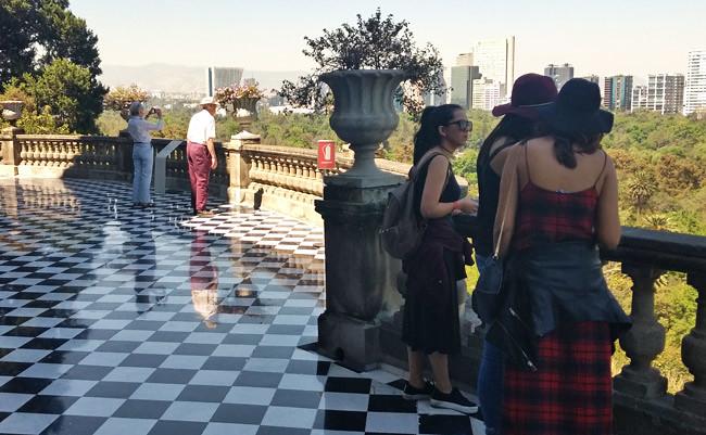 chapultepec-balcony