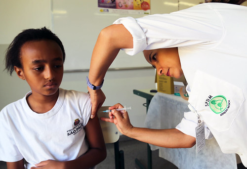 HPV Vaccination in Sao Paulo Brazil March 2014 | by Pan American Health Organization PAHO