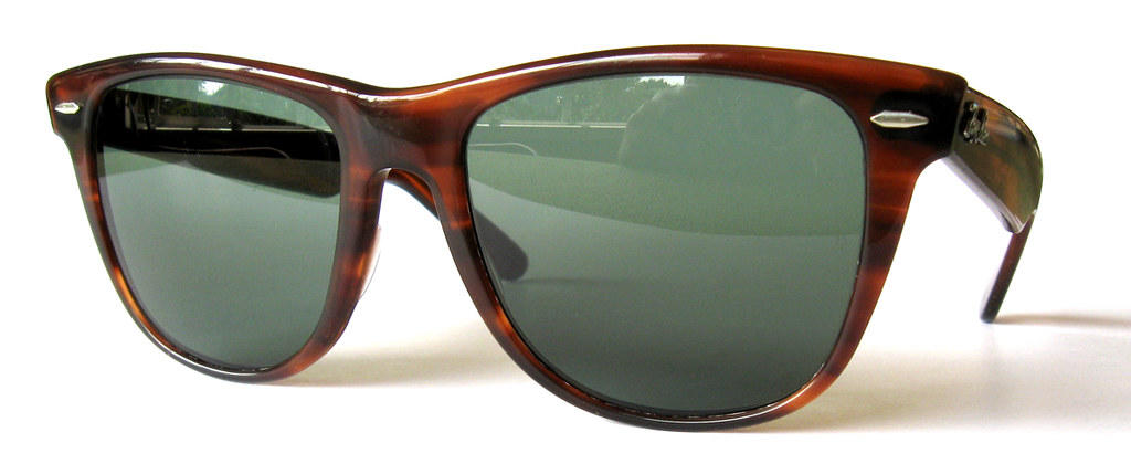 classic 1980s ray ban wayfarer  1970s / 1980s vintage b&l ray ban wayfarer ii sunglasses